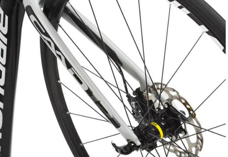 ¿Prohibidos los frenos de disco en marchas cicloturistas?