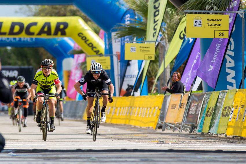 4.400 ciclistas recorren la isla con la Mallorca 312 – Giant – Taiwan