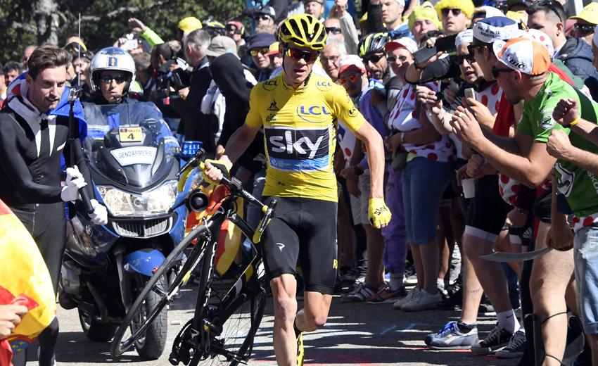 """Froome: """"Pensé: si no tengo bici, tengo que llegar como sea"""""""