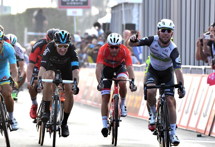 Etapa y liderato para Cavendish en Abu Dhabi
