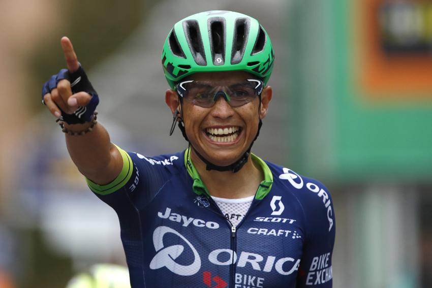 Breves: Chaves debutará en el Tour Down Under, Miles Scotson gana el campeonato de Australia…