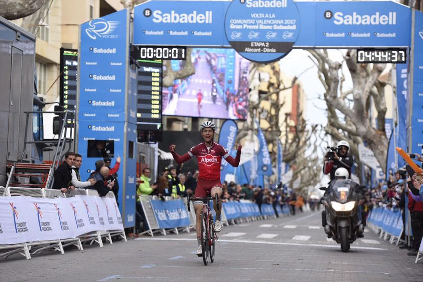 Tony Martin estrena con victoria el maillot del Katusha en Denia