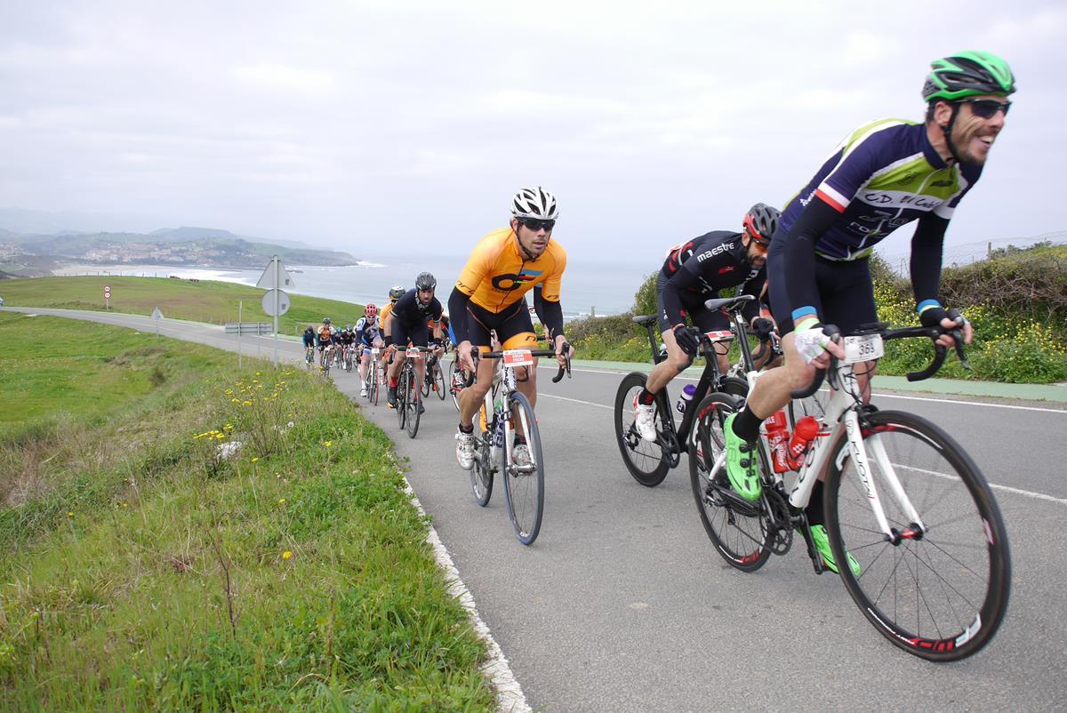 Marcha cicloturista Desafío Óscar Freire