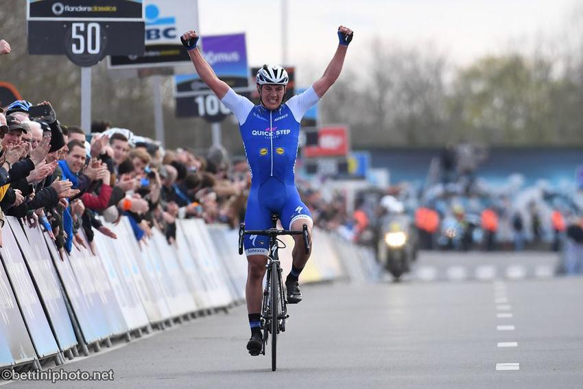 Lampaert gana Dwars door Vlaanderen