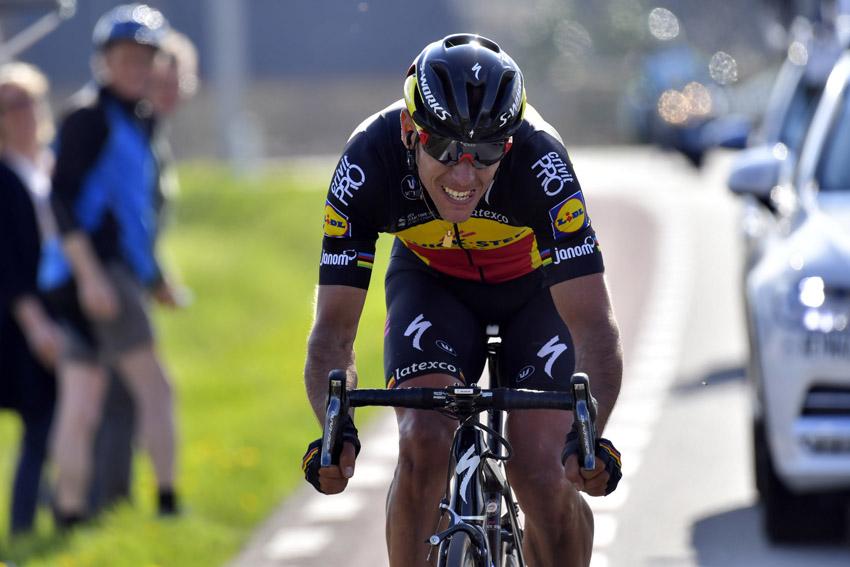 Breves: Gilbert no correrá Roubaix, Konig se pierde el Giro…