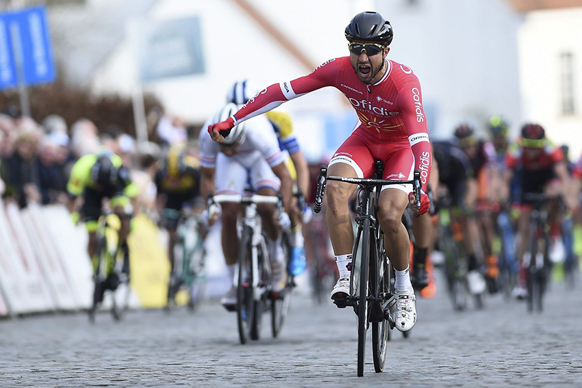Breves: Bouhanni gana la París-Camembert, Astana confirma a Scarponi como líder para el Giro...