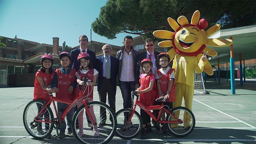 Los máximos directivos del ciclismo nacional se vuelcan con las aulas ciclistas de la Vuelta Junior Cofidis