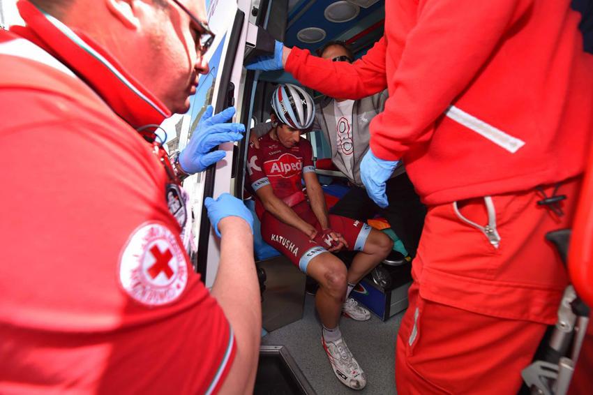 Losada termina la etapa a pesar de sufrir una luxación en el hombro