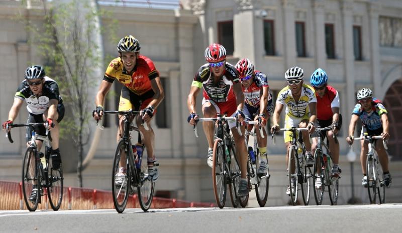 Presentadas las nuevas medidas para mejorar la seguridad vial de los ciclistas