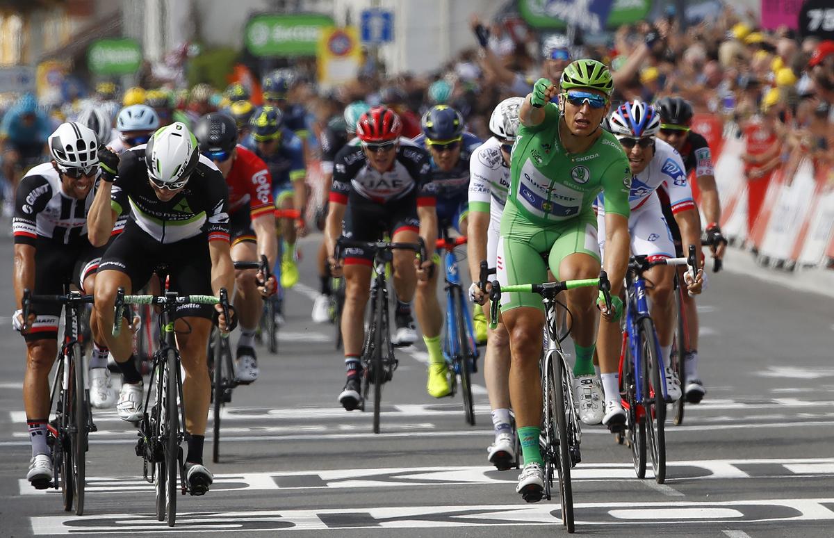 Kittel continúa ganando y Contador vuelve a caer