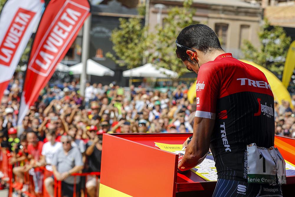 Vídeo directo: control de firmas de la 6ª etapa de la Vuelta