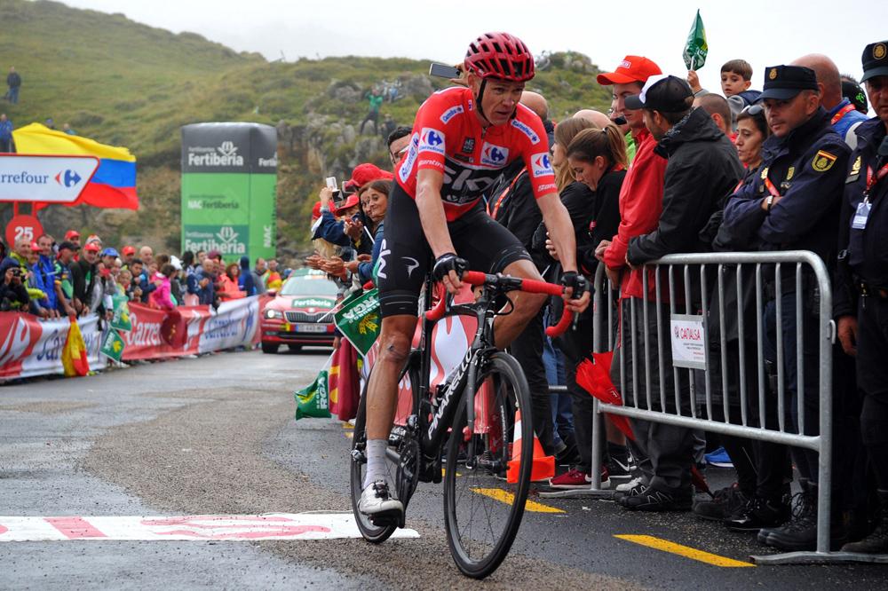 """Froome: """"Está siendo más duro ganar la Vuelta que el Tour"""""""