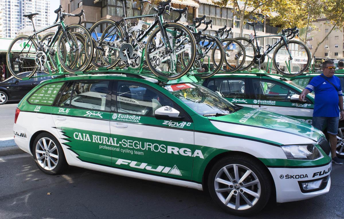 ¿Cómo transporto la bici en el coche?