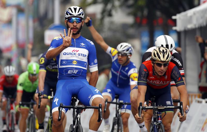 Gaviria cierra el Tour de Guangxi con victoria; la general para Wellens