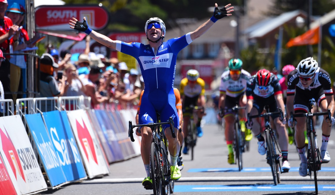 Elia Viviani se estrena con Quick-Step en el Tour Down Under