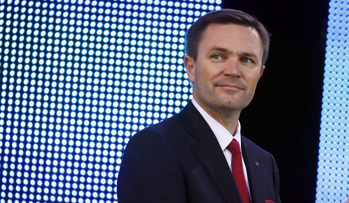 """Lappartient, presidente de la UCI: """"Sky debería suspender a Froome"""""""