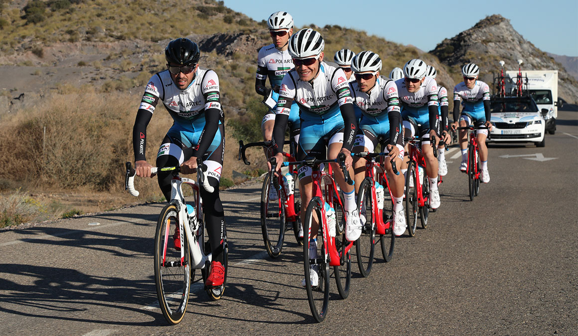 Contador y su Polartec-Kometa se entrenan desde hoy en Mar de Pulpí