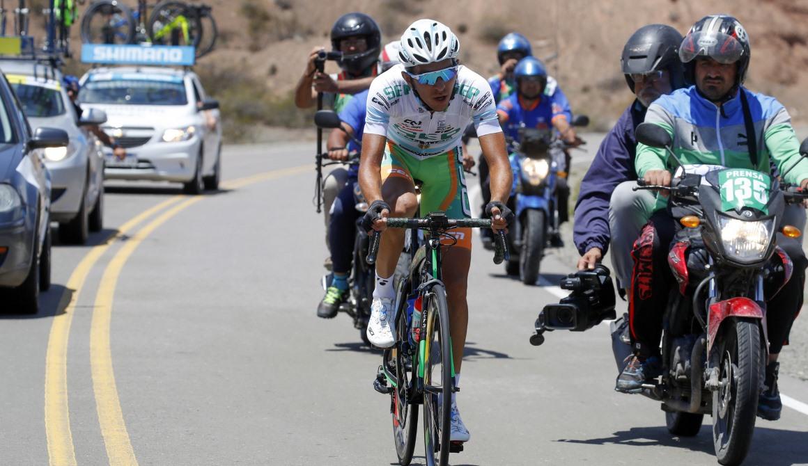 """Gonzalo Najar: """"Espero hacer historia para el ciclismo argentino"""""""