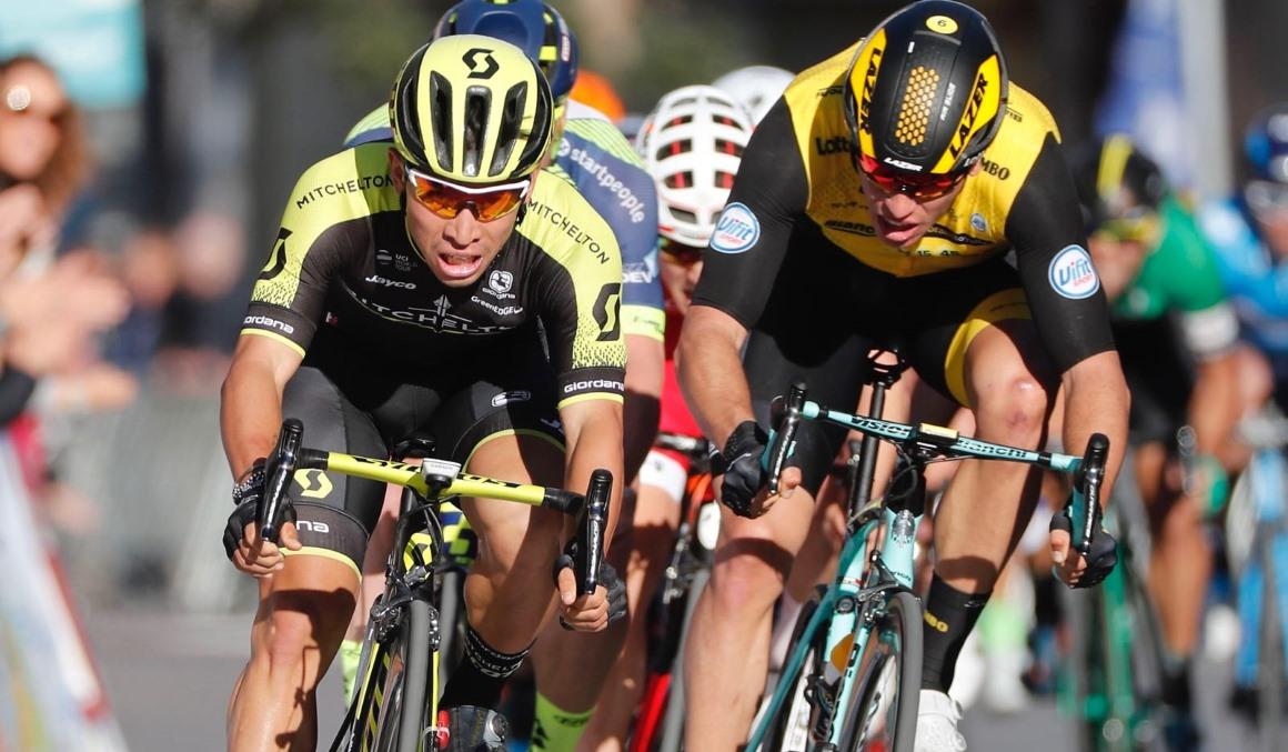 Caleb Ewan gana al sprint la Clásica de Almería