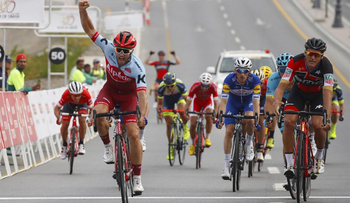 Nathan Haas, victoria y liderato en el Tour de Omán