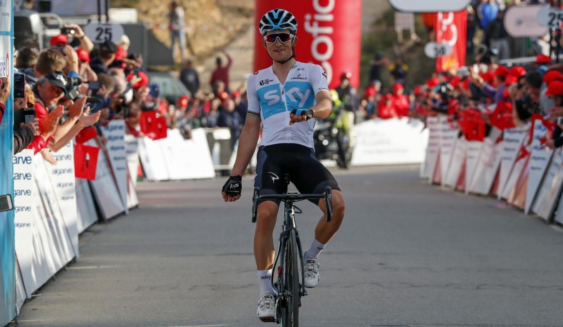 Golpe de mano de Kwiatkowski para adjudicarse la Vuelta al Algarve