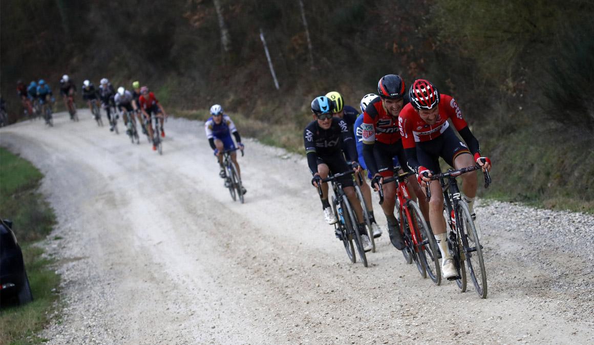 Valverde, a la conquista de los caminos de tierra de la Strade Bianche