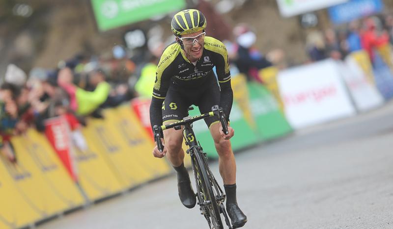 Simon Yates, etapa y liderato en la París-Niza