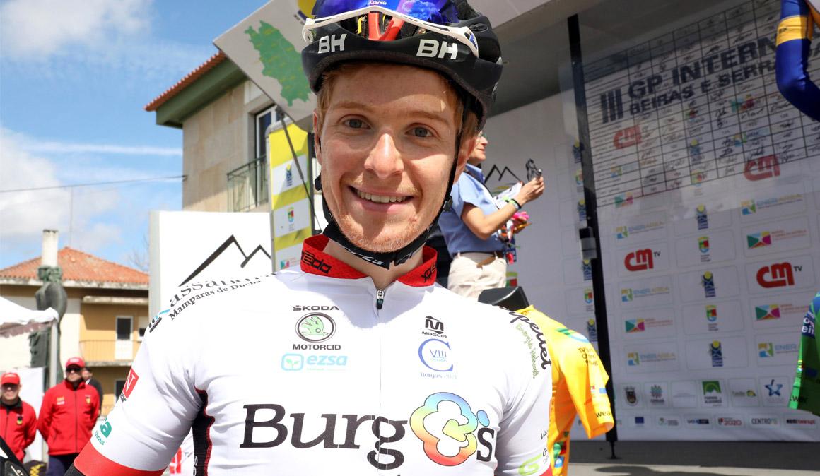 Nicolás Sessler, único ciclista profesional de Brasil, sueña con la Vuelta