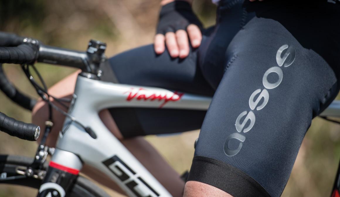 Culotes Assos: pasado y futuro del ciclismo
