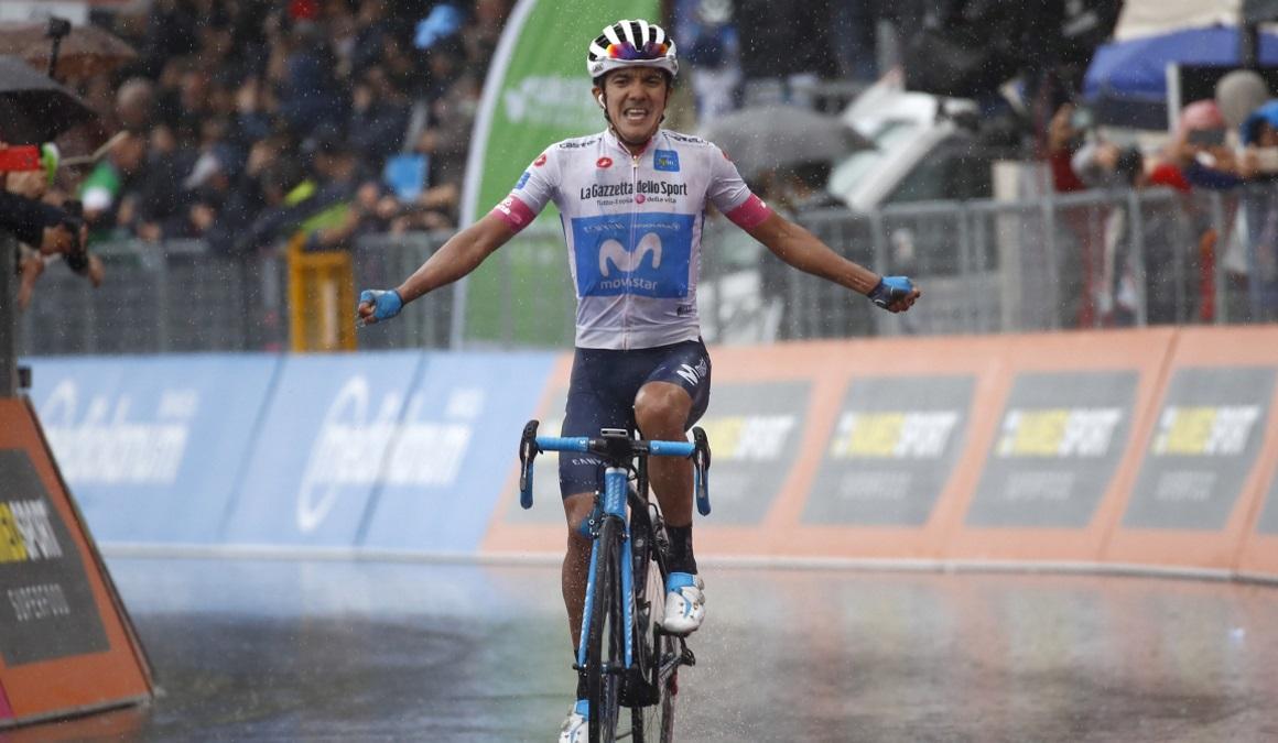 Richard Carapaz, revelación del Giro, sueña con los pies en el suelo