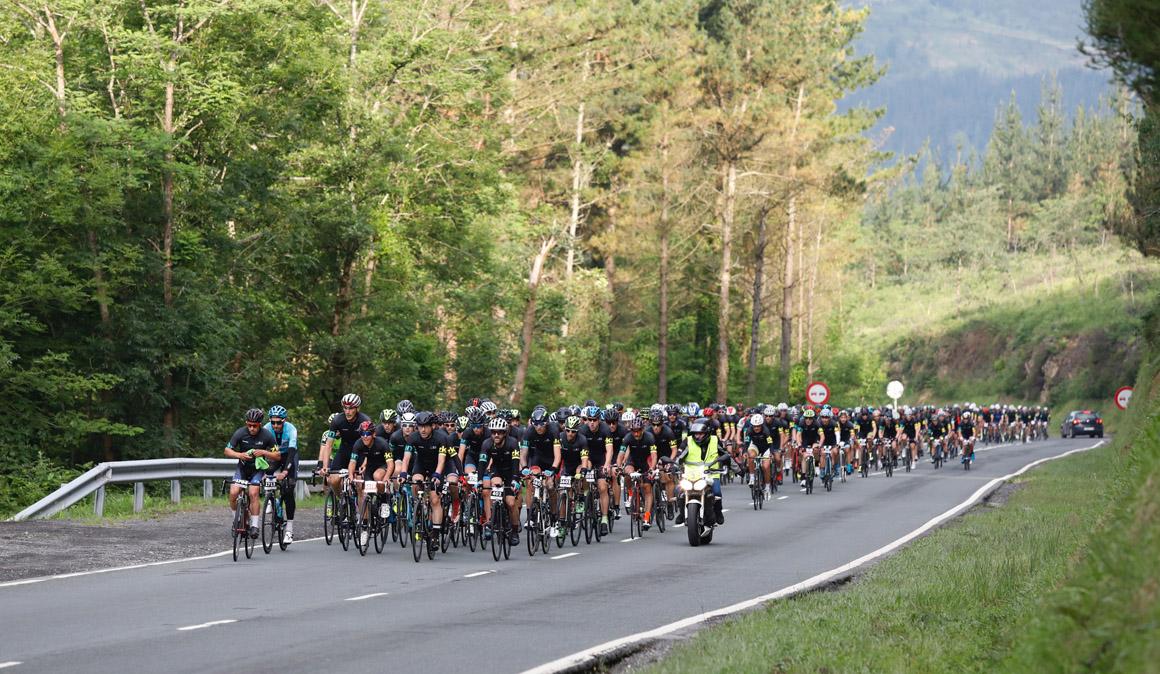 1.200 cicloturistas disfrutan con su esfuerzo en la 'III Gran Fondo BIBE Transbizkaia'