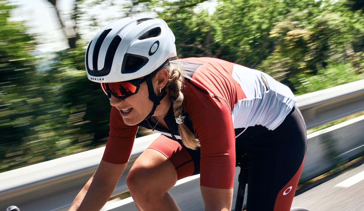 En bici con Marc Márquez: ¡nos vamos al Oakley Cycling Tour!