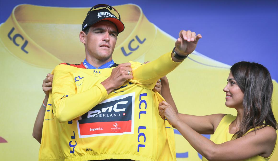 BMC gana la contrarreloj por equipos y viste de amarillo a Van Avermaet