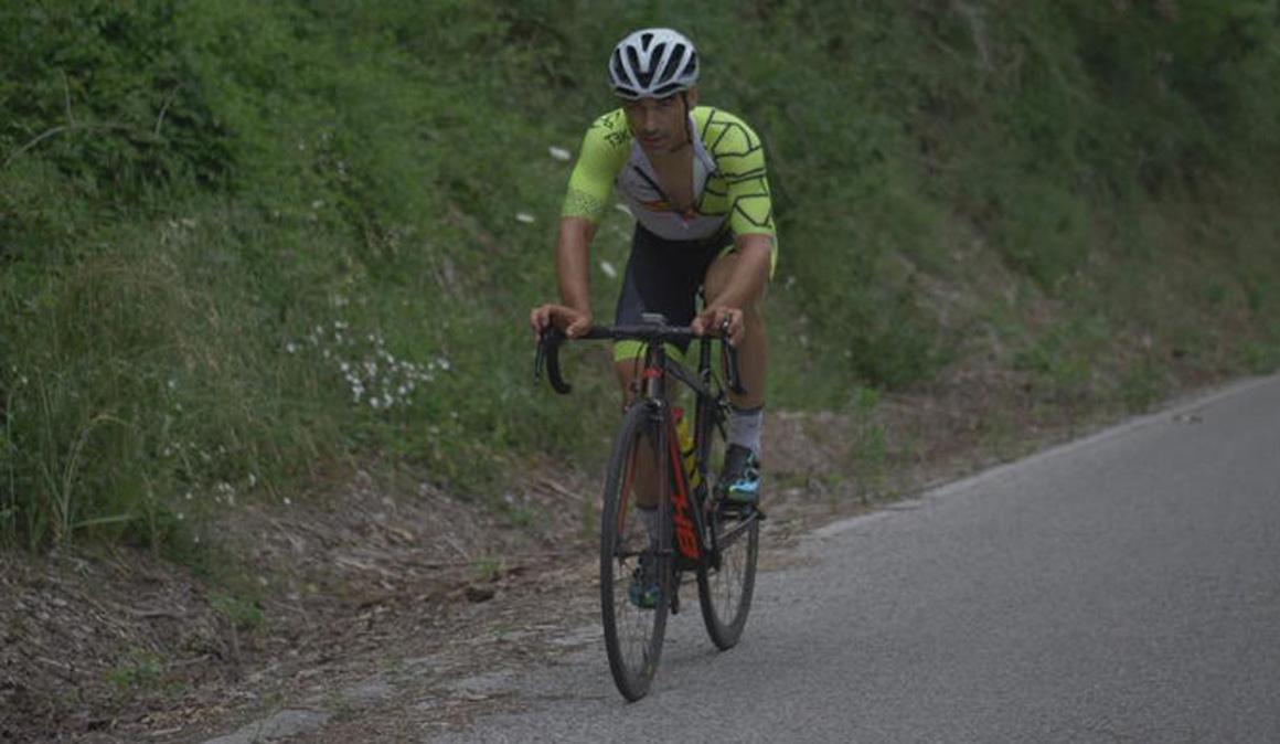 Julián Sanz completa el Camino de Santiago en 23 horas 37 minutos