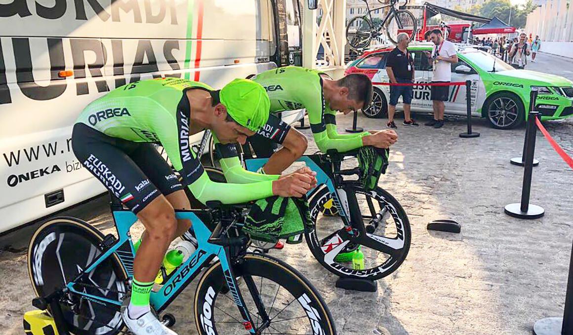 Los equipos modestos buscan visibilidad y sueñan con una etapa en la Vuelta