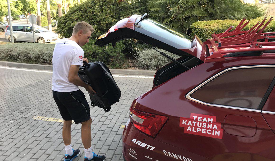 Maurits Lammertink, primer abandono de la Vuelta 2018
