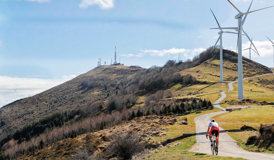 Así es el Monte Oiz, que hoy se estrena en la Vuelta