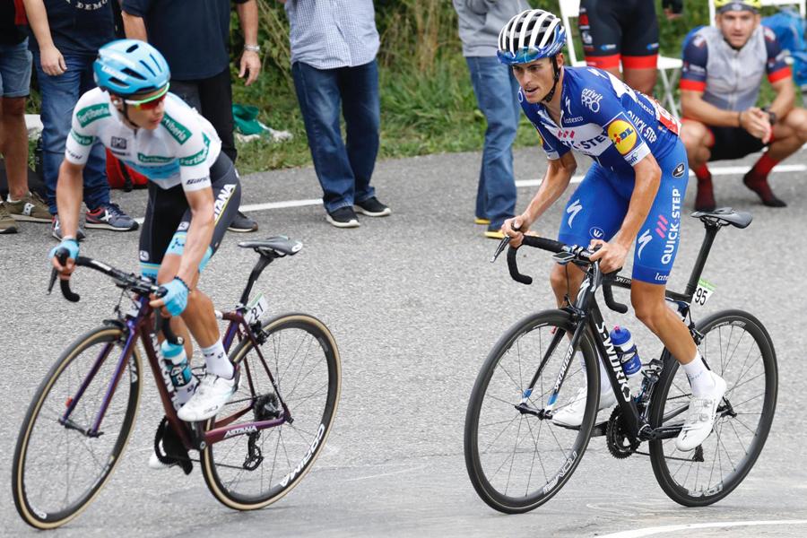 Simon Yates se asegura la Vuelta en La Gallina, allí donde Mas y López asaltan el podio