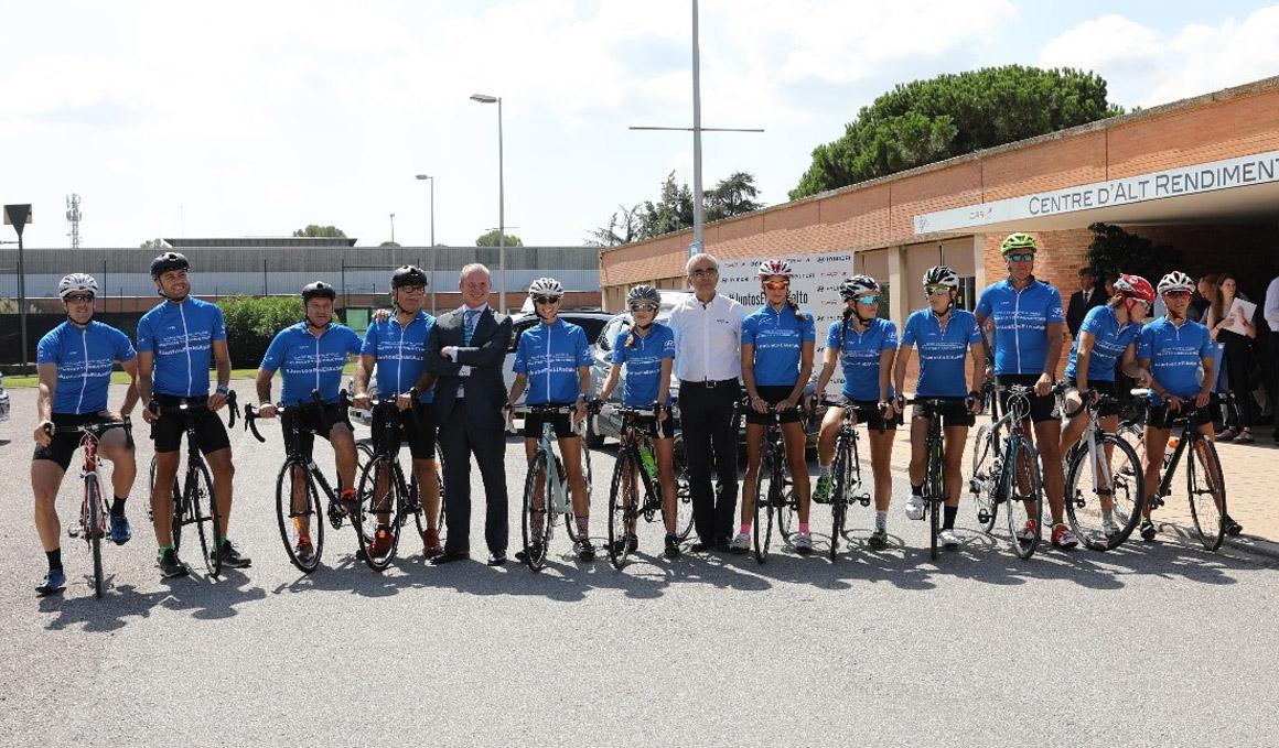Hyundai amplía su servicio gratuito de coche de apoyo a peñas y clubs ciclistas