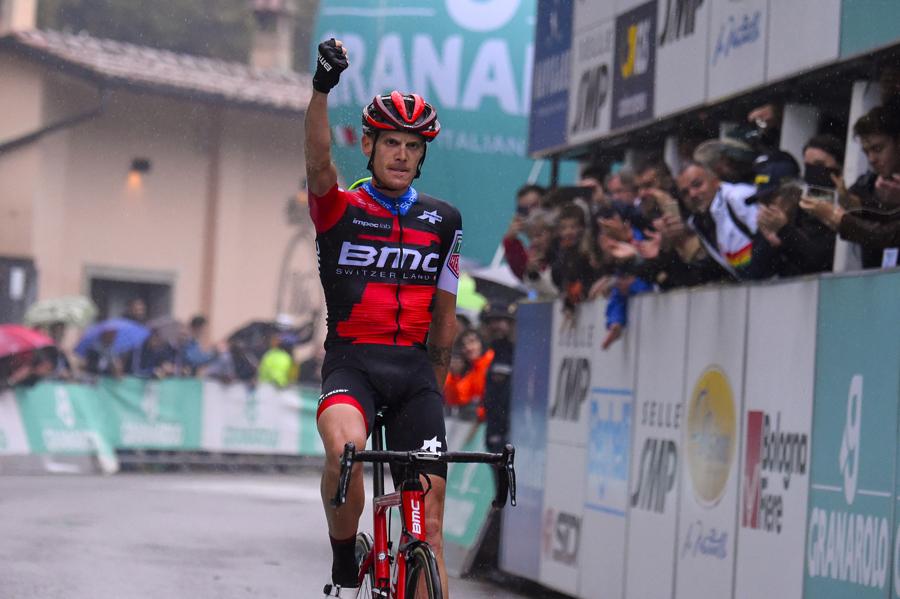 Exhibición de Alessandro de Marchi en el 101º Giro dell'Emilia