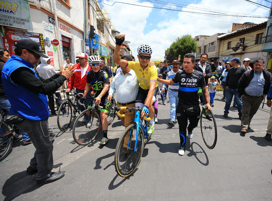 Óscar Sevilla, ganador final de la Vuelta a Ecuador