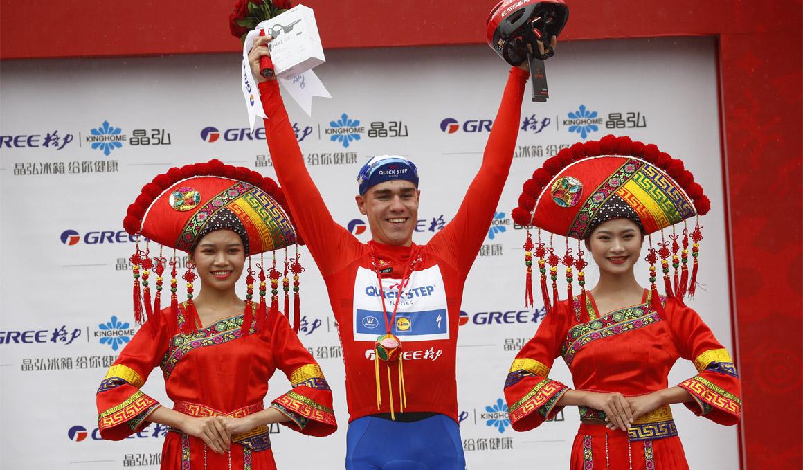 Jakobsen, etapa y liderato en el Tour de Guangxi