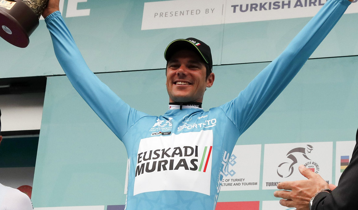 Movistar Team ficha a Edu Prades