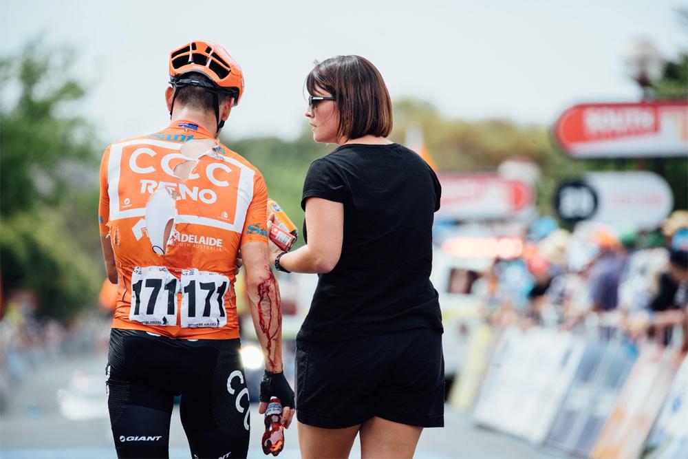 La continuidad de Patrick Bevin en el Tour Down Under se decidirá este domingo