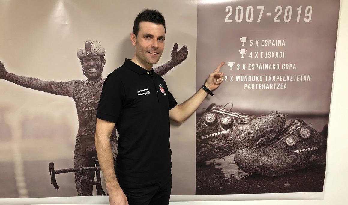 Ruiz de Larrinaga, despedida feliz a una leyenda del ciclocross