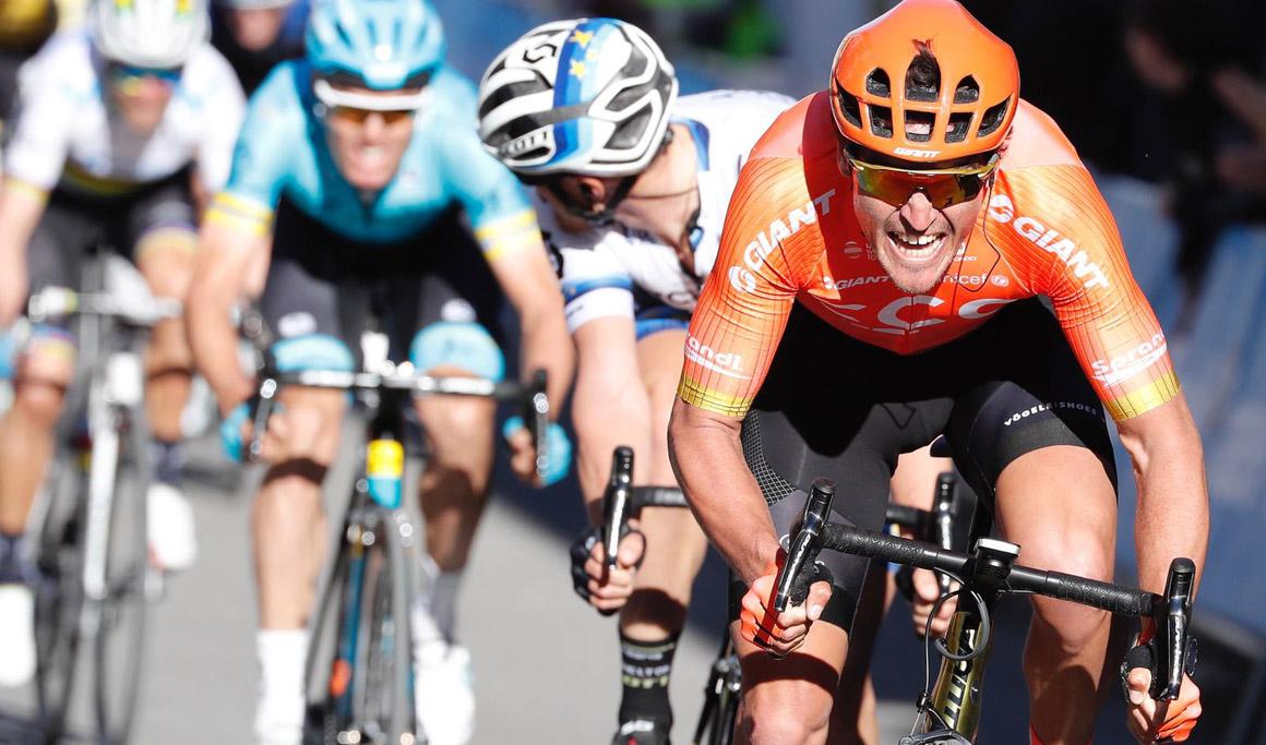 Van Avermaet gana en Chera; Boasson Hagen sigue líder