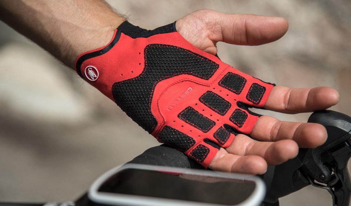 Castelli presenta Damping System, el nuevo sistema de amortiguación para los guantes