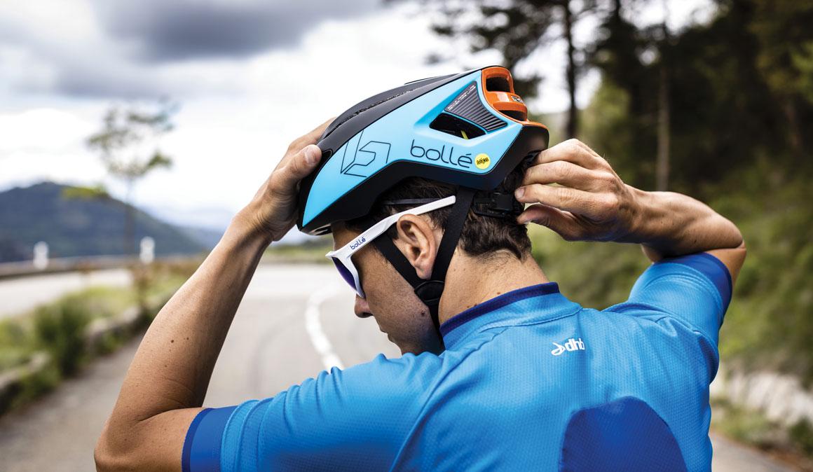 La última tecnología de Bollé para ciclistas: así son los cascos Furo y Exo MIPS y las gafas Shifter