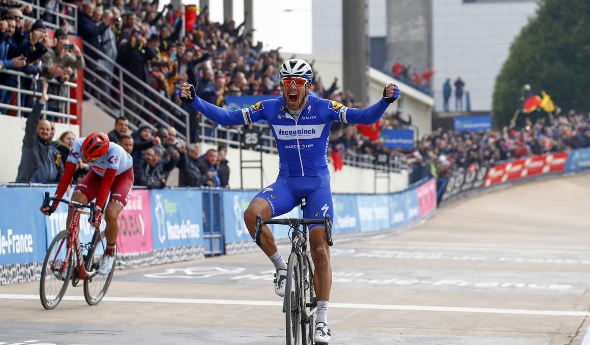 Philippe Gilbert se alza con la victoria en Roubaix