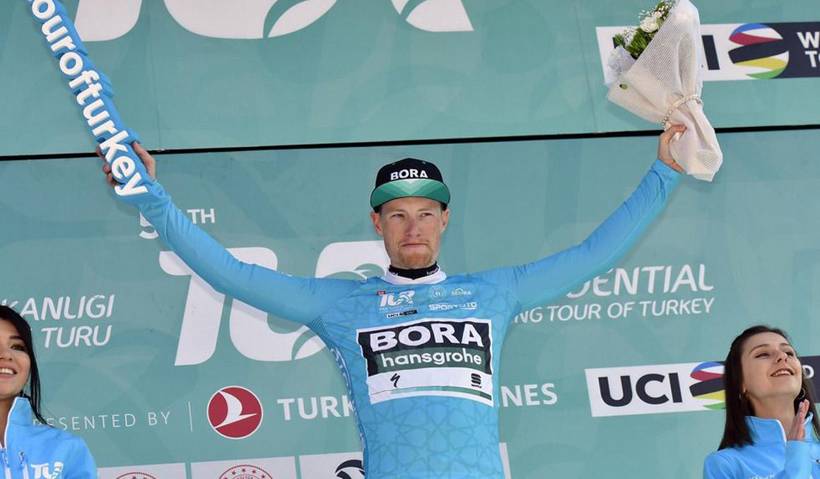 Sam Bennett, primer líder de la Vuelta a Turquia